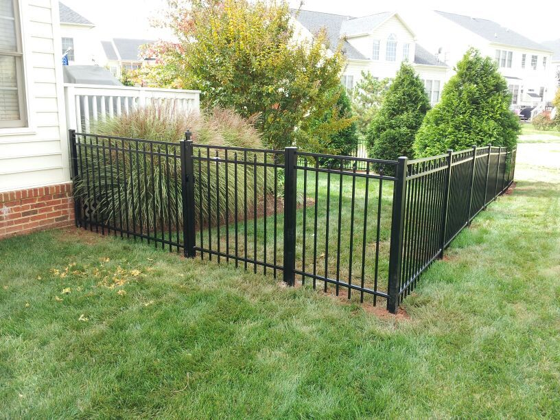 beitzell-fence-residential-fencing-company-black-aluminum-loudoun-county-va
