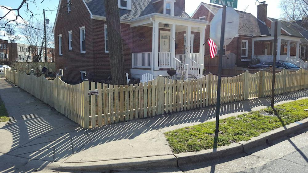 Picket-Style-Fence