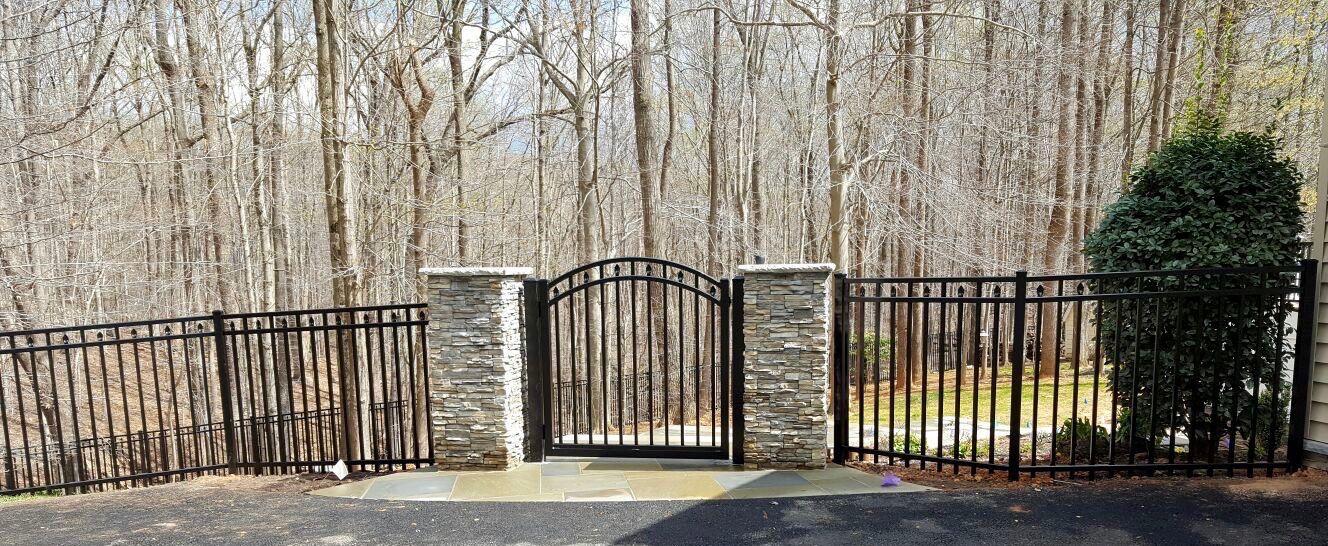 aluminum-fence-may-01