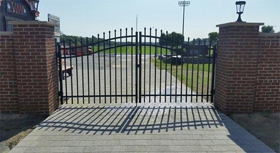 Estate Fence Gates