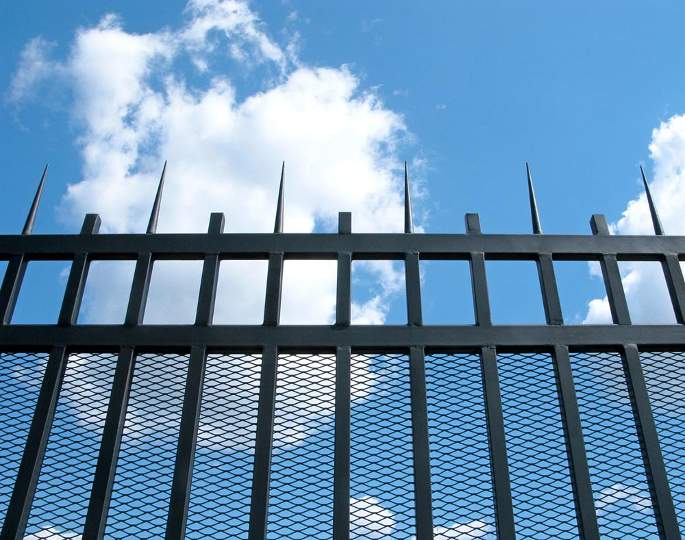 Metal forged fence with sharp ends